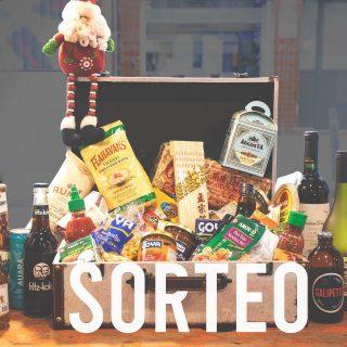 💥SORTEO CERRADO MALETA DE MANJARES💥 🏆 @anikuli Estamos a menos de un mes de la Navidad🎄y queremos celebrarla sorteando una maleta llena de productos del mundo entre todos vosotros. 🙌 Como este año será difícil compartir estas fechas con los que más queremos🙏, una forma de conectar con ellos es a través de la comida. 🤗 Si queréis comeros el mundo con una maleta como esta, os lo ponemos fácil: - Like a la foto 📷 - Seguir a @manjaresdelmundo.es - Etiquetar en comentarios con quién compartirías esta maleta cargada de sabores del mundo 🌍 Tenéis hasta el 22/12 para participar (sorteo válido para Península y Baleares) y anunciaremos el ganador por stories, ¡estad atentos! ¡Mucha suerte! ☘️ #ManjaresDelMundo #Shop #Sorteo #Giveaway #Christmas #Navidad #TypicalFood #Food #Foodstagram #FoodPorn #Oasis #OasisenBarcelona