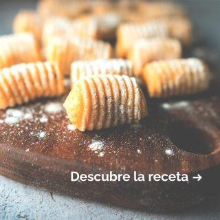 ¿Has hecho gnocchi en casa alguna vez?🙌En Argentina se suelen comer el día 29 de cada mes.👌Hacerlos en casa es muy sencillo y divertido, por eso te damos la receta.💛Pero si eres de poco cocinar o vas justo de tiempo, en Manjares tenemos unos gnocchi hechos para que solo tengas que hervirlos.🔥¡Te lo ponemos fácil para celebrar este próximo 29!🎊 #ManjaresDelMundo #Shop #Gnocchi #Delicious #Handmade #Argentina #ArgentinosEnBarcelona #TypicalFood #Food #Foodie #Foodstagram #Receta #Foodporn #Oasis #OasisenBarcelona